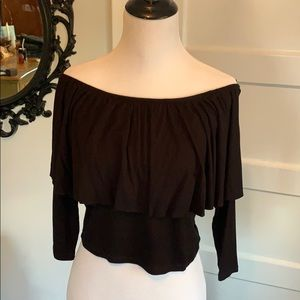 Shoulder bearing black top